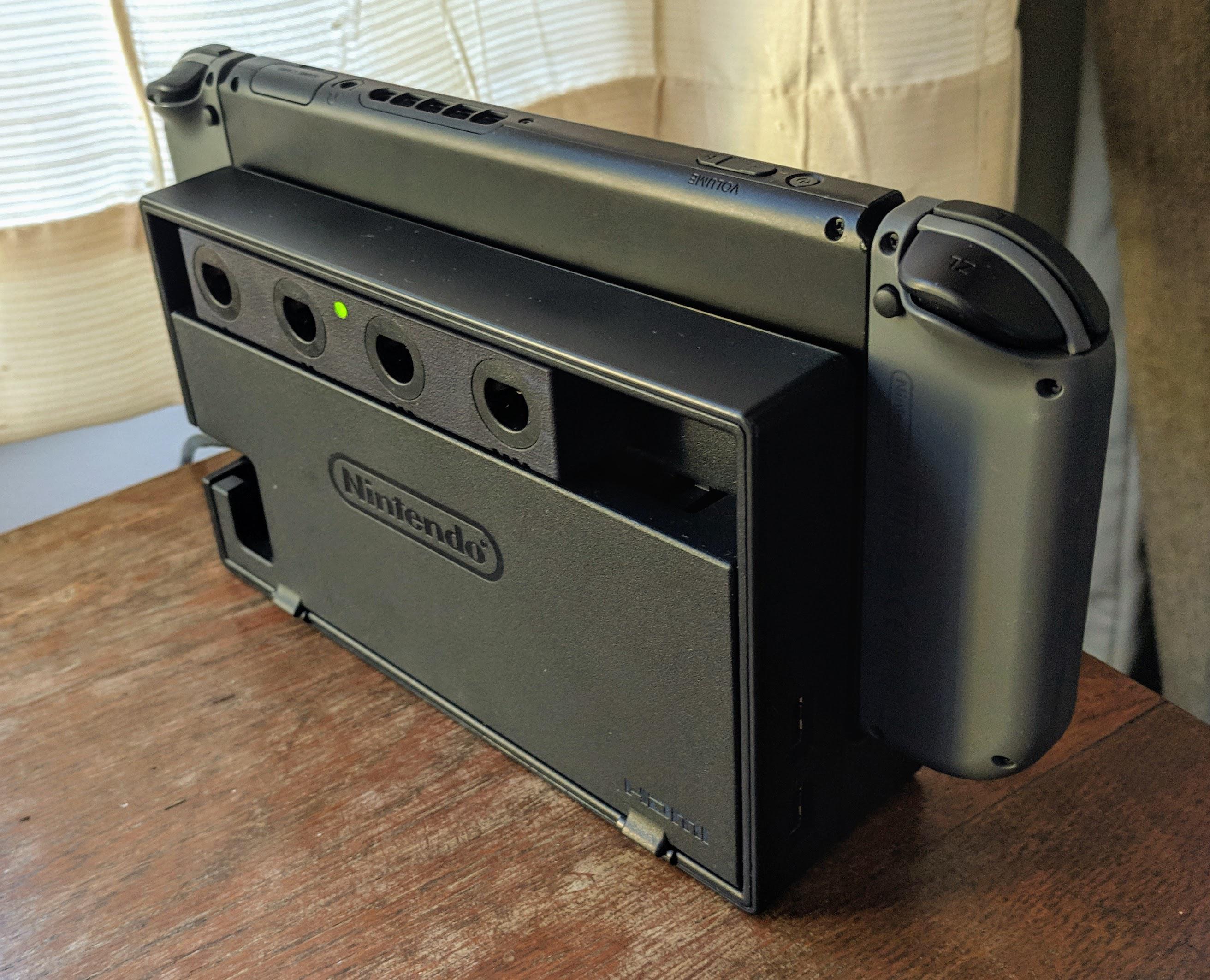 Switch Dock Mod добавляет встроенные порты контроллера GameCube